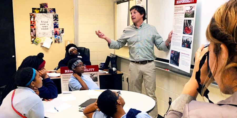7-20-17_Teach-For-America_900x448